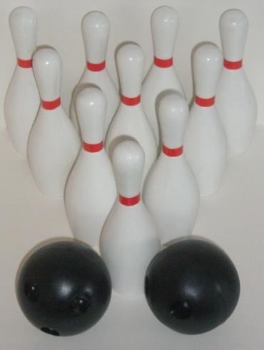 The bowling set with ten pins and two balls